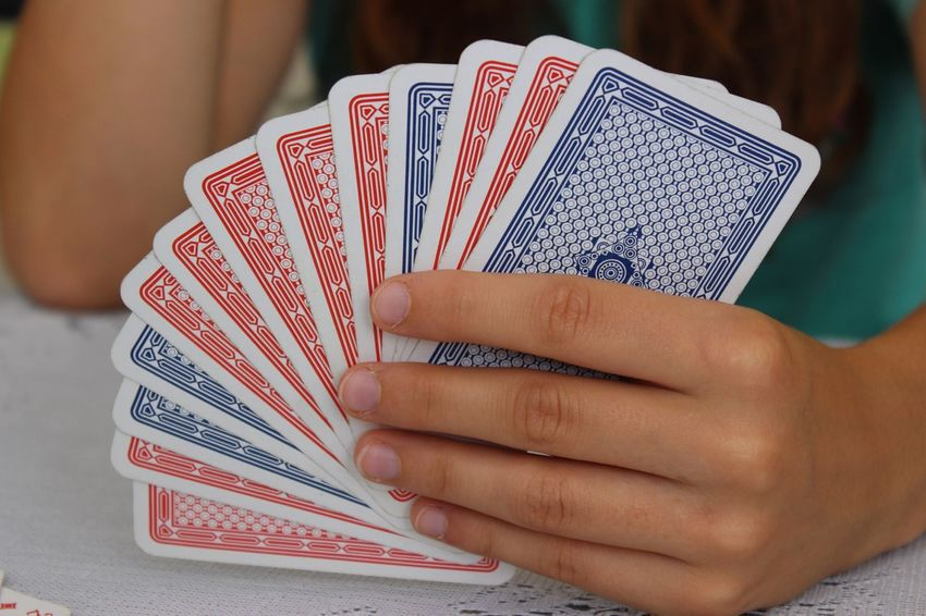 Rommé Cardgame Fun Family Time