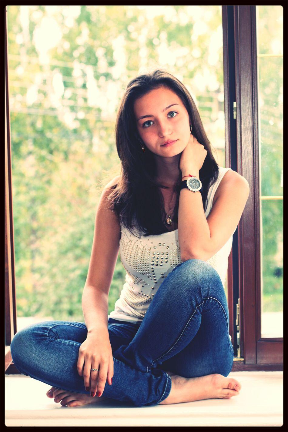 Windowsill Watch Hair Russia
