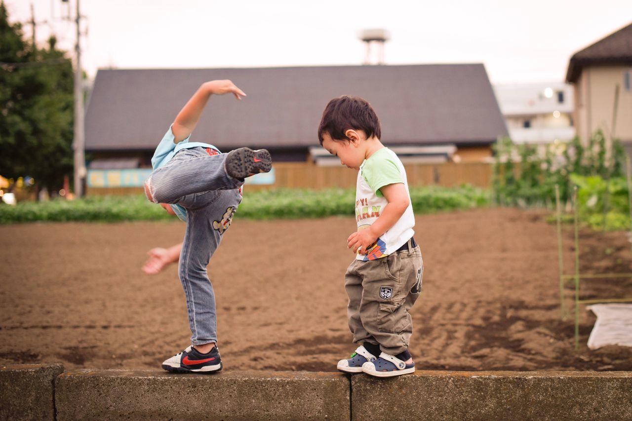 あっ Snapshots Of Life Japan Living Life Kids Being Kids Peace