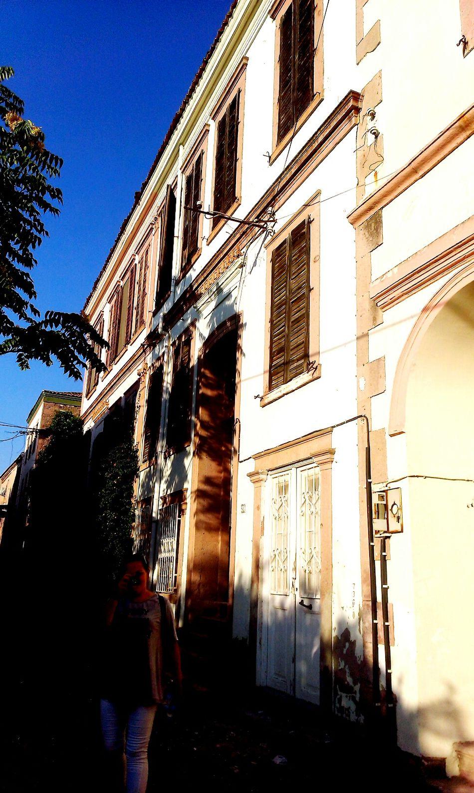 Turkey Balikesir Cunda Island Check This Out Hanging Out Relaxing Enjoying Life Historical Building Nice Day Ayvalik 🐚🐳🐬🏊 Old House Windows Door Sweet♡
