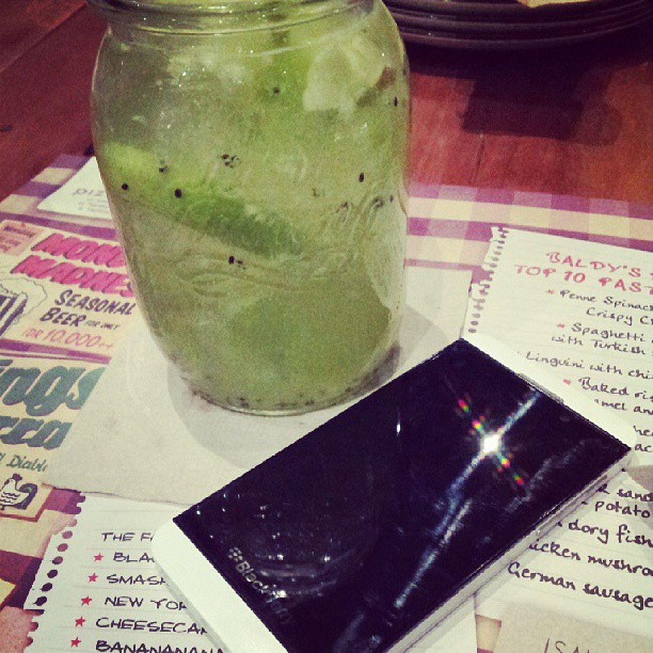 Dinner Pizzaebira GreenApple Drink blackberry z10 white oldfriend instadrink picoftheday camera white