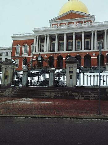 state house boston Government City Politics And Government Architecture No People Outdoors Day Low Angle View City Life Urban Skyline Downtown District Cityscape Built Structure Travel Destinations City History Building Exterior Architecture