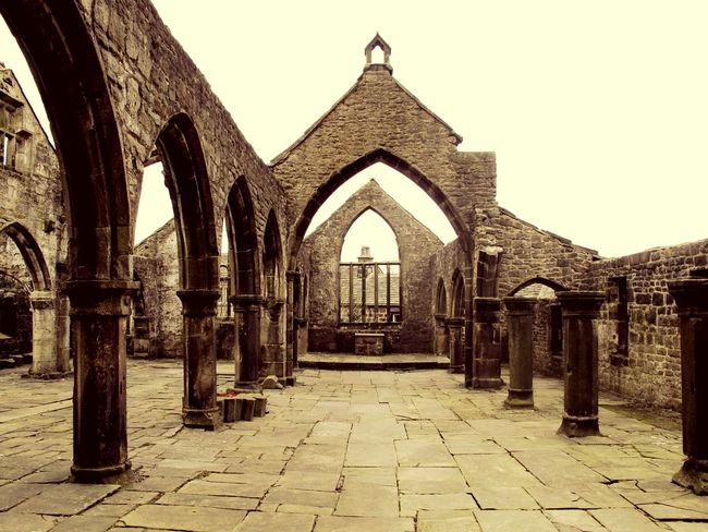Stone Structure Ruin Alter Church Stone Heptonstall Yorkshire Church Ruins Churches Churchporn Churchyard Frame It Vintage Architecture Old Buildings Lined Up Church Ruin Graveyard Beauty Stones Windows Pillar Enjoying Life Architectural Detail Outdoor Photography Carved