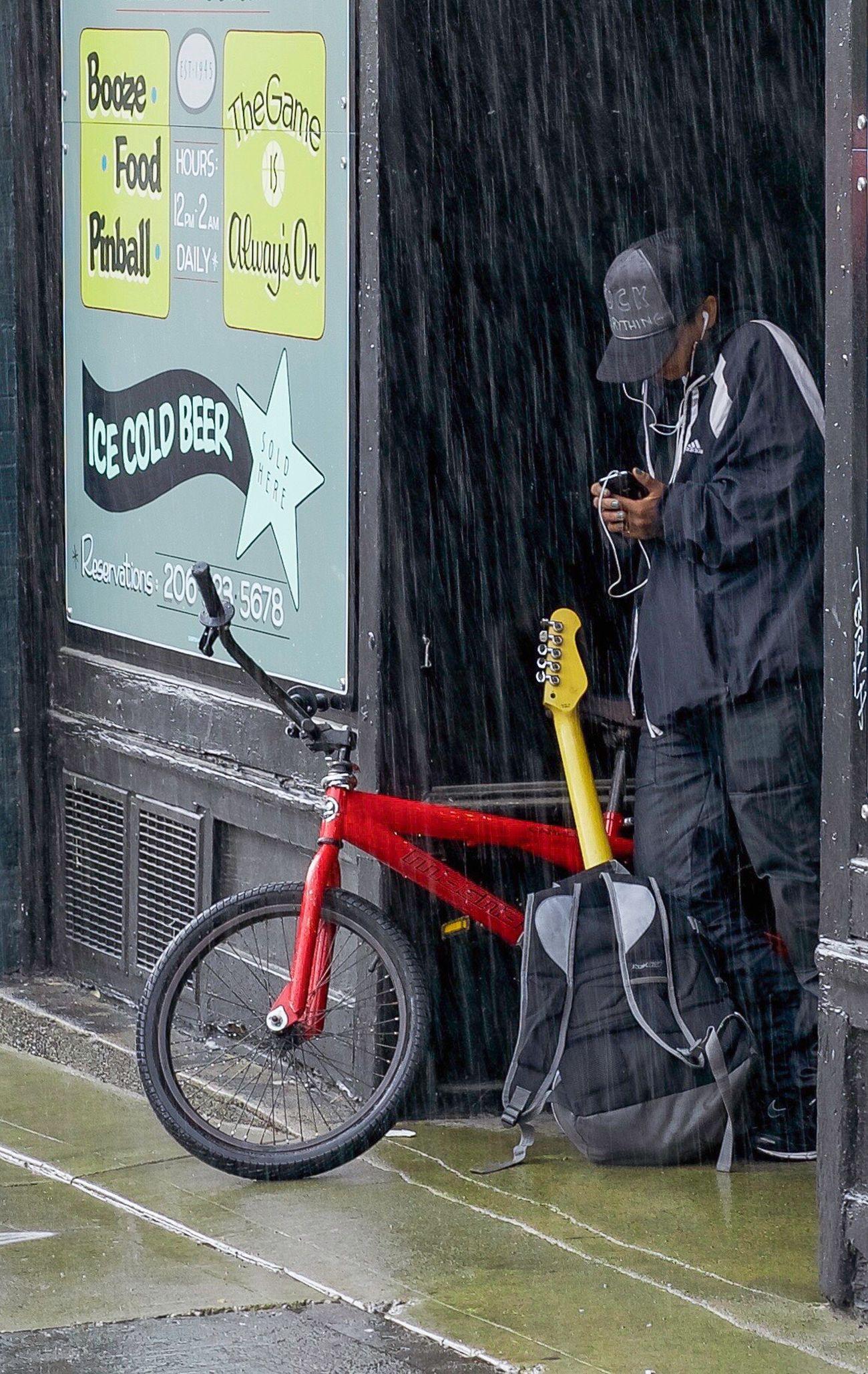 Seattle Rain Seattle Street Photography Streetphotography Urban Rain Sony a7II Sonya7II Sonyimage Capitalhill Seattlle