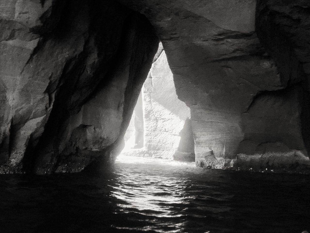 Cave Light Gulf Coast Napoli Italy Kayak See Blackandwhite Black & White Iphone6s David De La Cruz Delacruzfotografia