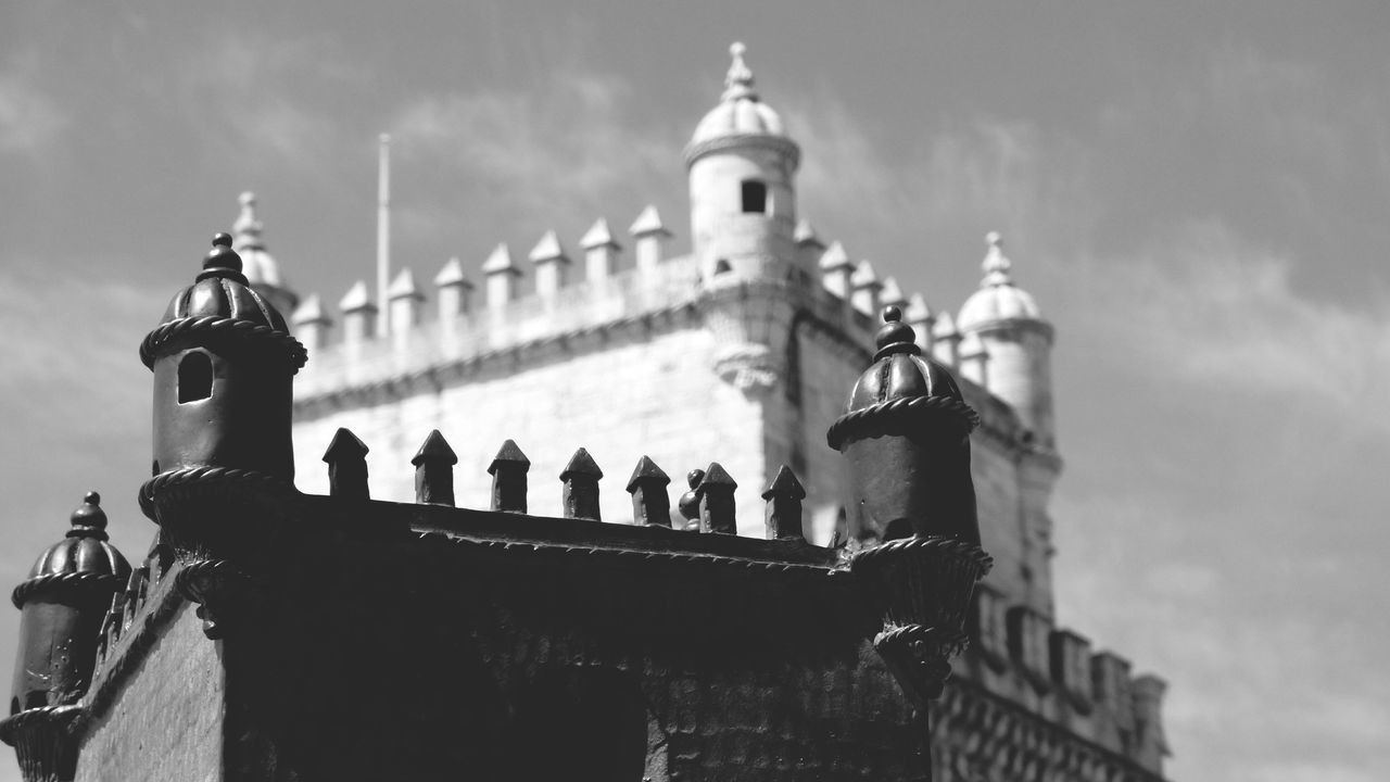 Architecture History Travel Destinations Building Exterior Sky No People Day Outdoors Monochrome Monochrome Photography Black And White Architecture Built Structure Old Buildings Historical Monuments Monuments Torre Belem Lisboa Portugal The Architect - 2017 EyeEm Awards