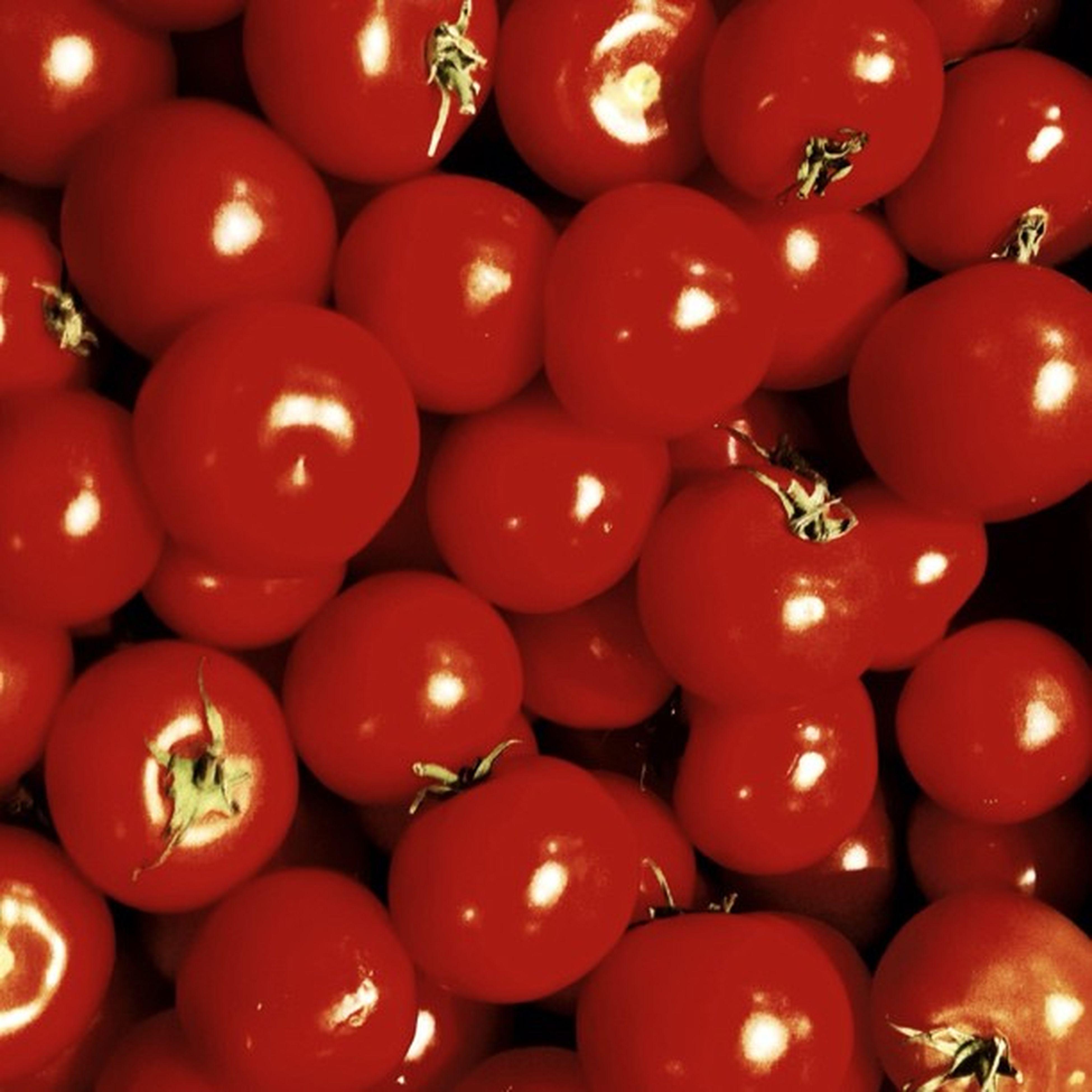 #tomato anyone? ?#veg #red Red Tomato Veg