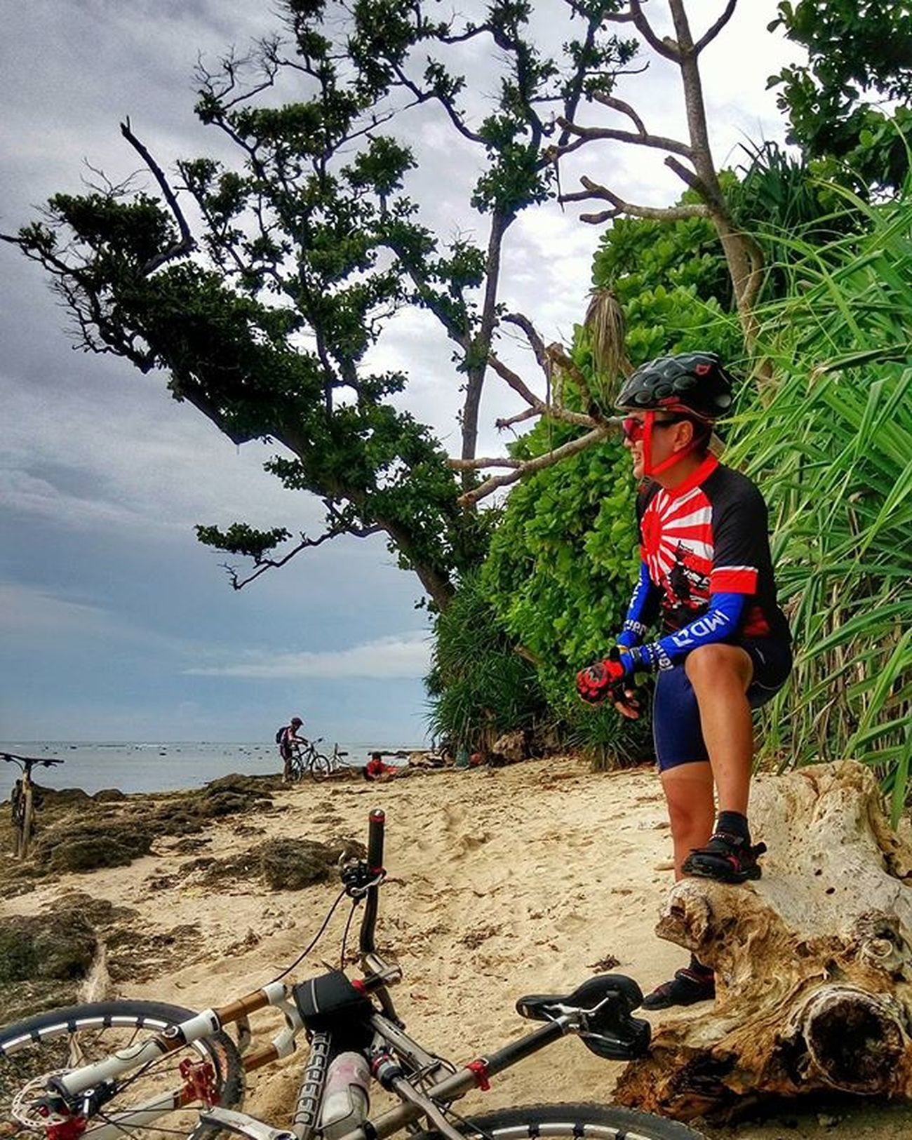 white sandy beach Sefo  goes to ujung genteng