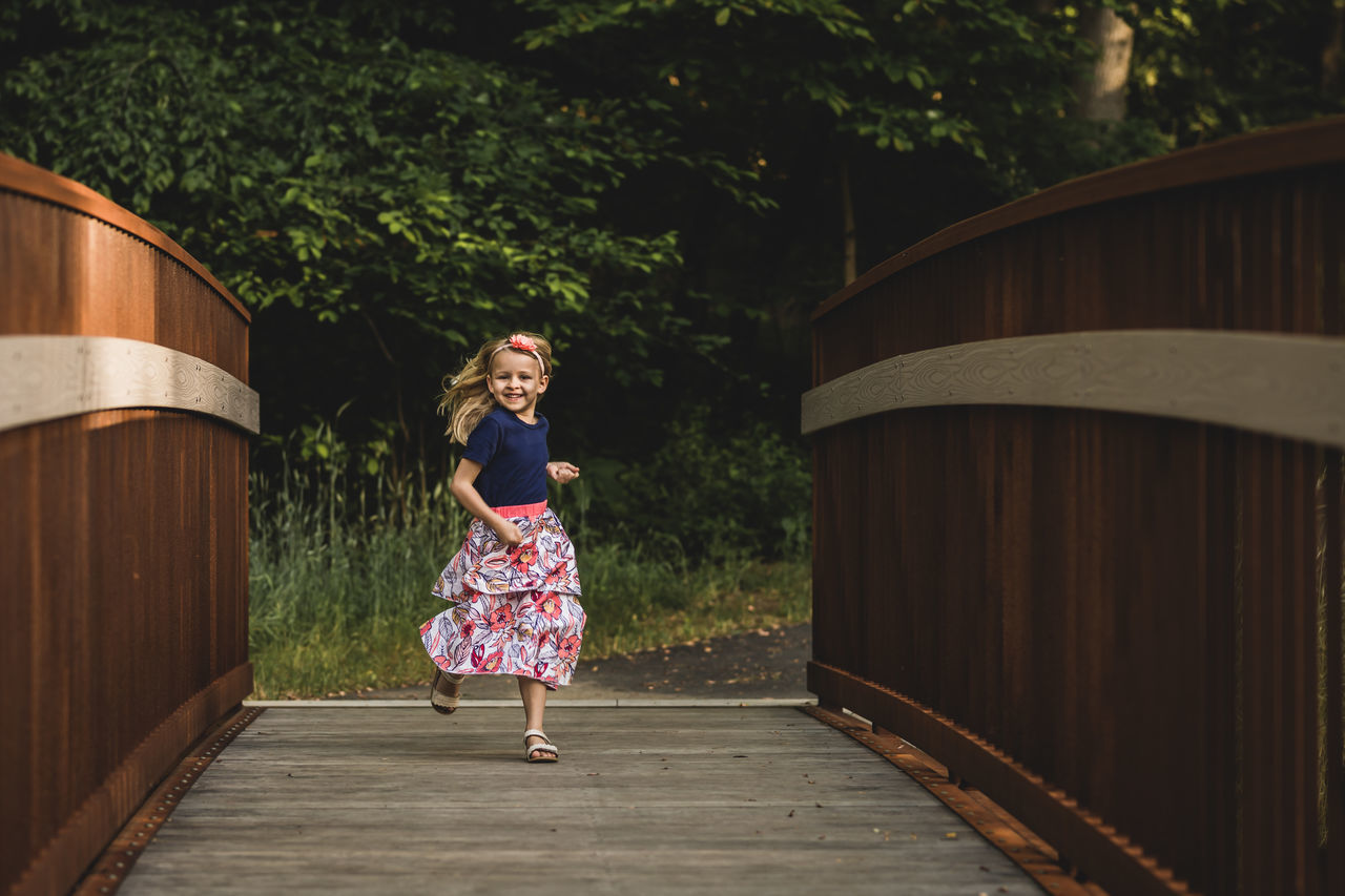 Childhood Girl Happiness Kids Being Kids Nature One Person Outdoors People Play Portrait Real People Smiling