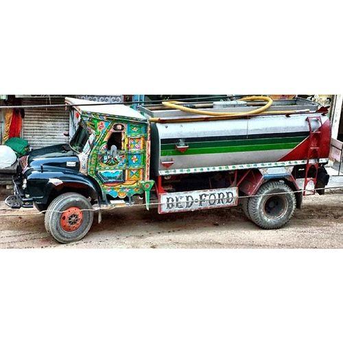 - Bijli aur Gas ki Loadshedding k baad ab Pani ki bhe loadshedding ... ? ? pakistan karachi water truck truckart awesome shot snapseed camera360 nofilter vsco_lovers vscotron vscogrid vscoapp vscogood vscogram vsco_hub igdaily iger photooftheday bestoftheday bestofvsco