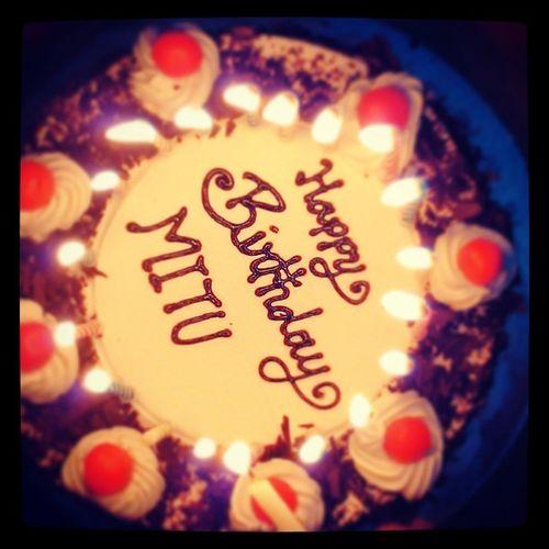 Lightes Cake Fun Illuminate TFL TFLIkers birthdays friends party nothinggreat