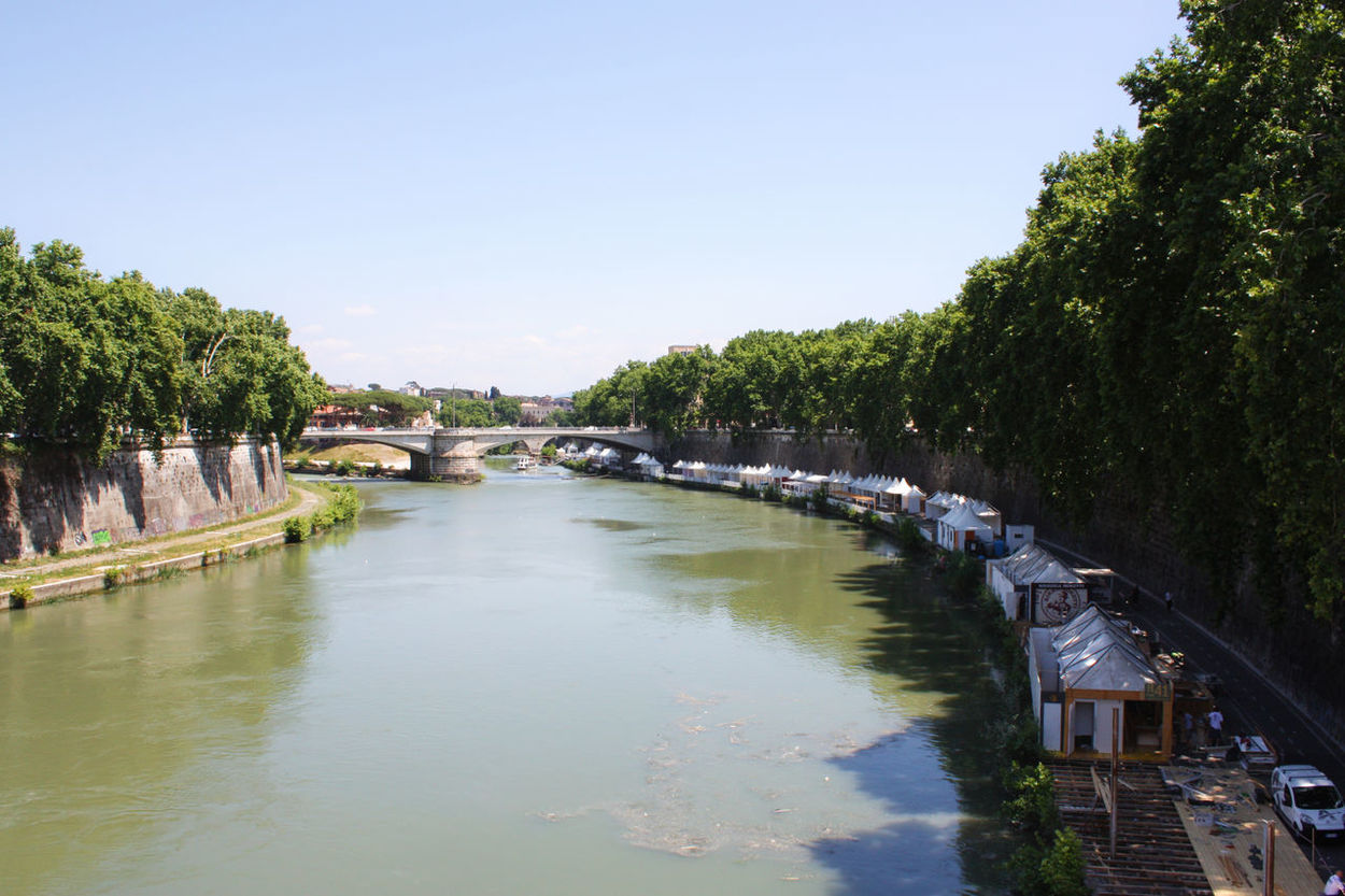 Tevere Expo, Trastevere Capital Capital Cities  Italia Italian Landscapes Italy Italy❤️ Landscape Landscape_Collection River River View Riverside Rome Rome, Italy Tevere Tevere River Trastevere Tourist Attraction  Tourist Destination