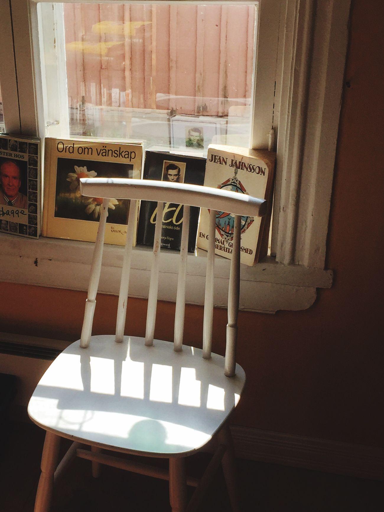 Lieblingsteil Old Chair Wooden Chair Books Window Fleemarket Tammisaari Finland