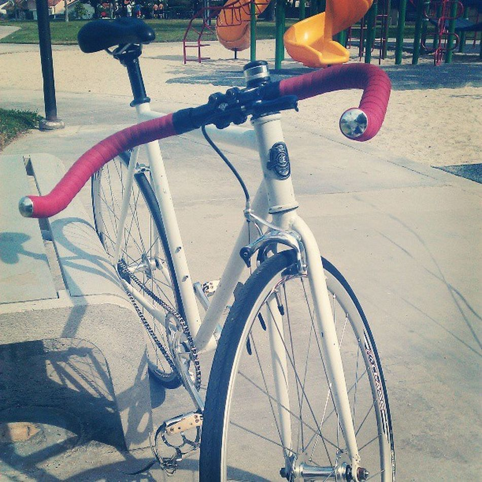 <3 #fixedgear #bikes #54 #origin8 #aclass #solo #love #red #white #sebikes #draft #velo #instadaily #instafixie Love Bikes Red White Solo Velo Fixedgear Instadaily Aclass 54 Draft Instafixie Sebikes Origin8