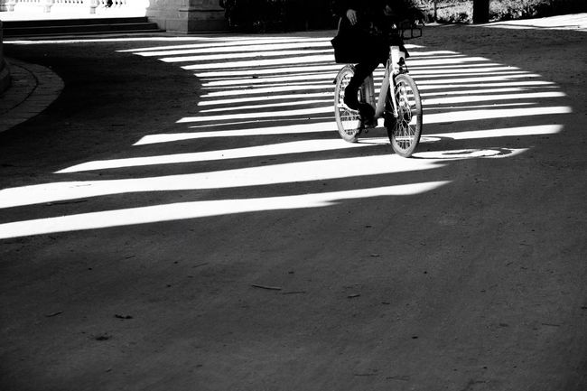 Paseando por teclados en las sombras. For My Friends That Connect From My Point Of View Light And Shadow Blackandwhite Streetphoto_bw AMPt - My Perspective