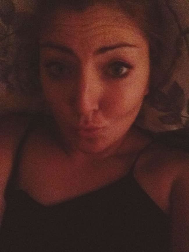 hungover and no uni, bed aaaaaall day long