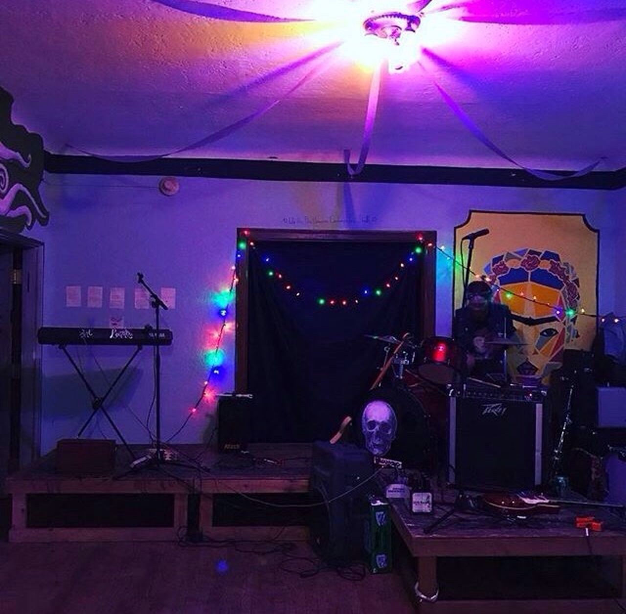Concert LocalShow Localband Thelorax Stage - Performance Space Thebeepters Arts Culture And Entertainment Music Illuminated Drum Kit Nightlife Behind The Scenes Rock Group Eugene Oregon