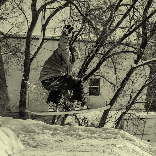 concentration Snowboarding Freestyle Grab Burton  686  Coal Ripcord