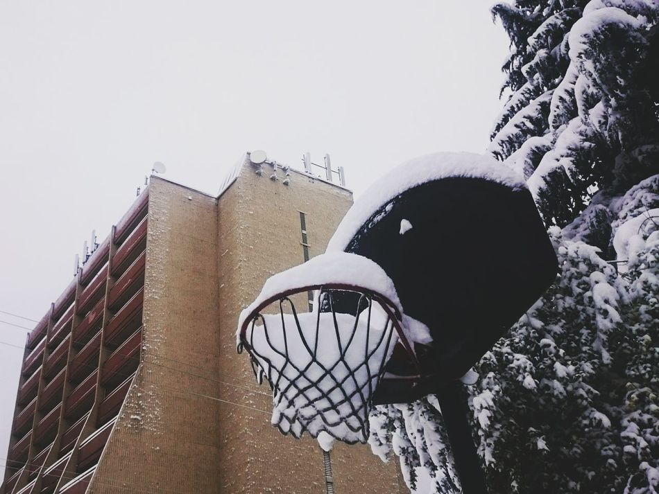 Winter Simplicity Oregon Pacific Northwest  No People Snow Cold Temperature North Portland Portland Urban Landscape Urban Basketball Wrinkles Of The City
