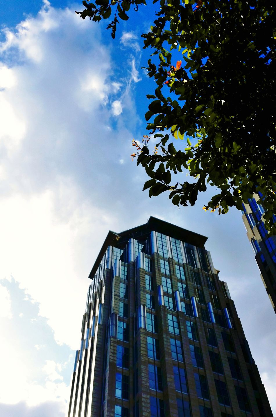 Girlysaturninophotography Building Built Structure Buildings & Sky Sky And Clouds Sky_collection Structure Structure And Nature