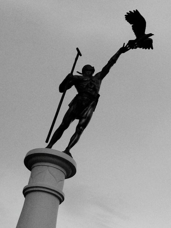 Sending an eagle off   Statues Blackandwhite Hello World Statue In The City Monochrome