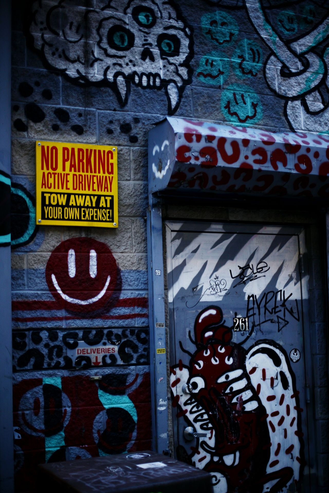 Streets of NYC, Williamsburg Pizza Williamsburg, Brooklyn  Williamsburg Robertas Canon NYC Taking Photos Streetphotography Street New York City Colorful On The Go  Light Walking Around Beautiful Colors