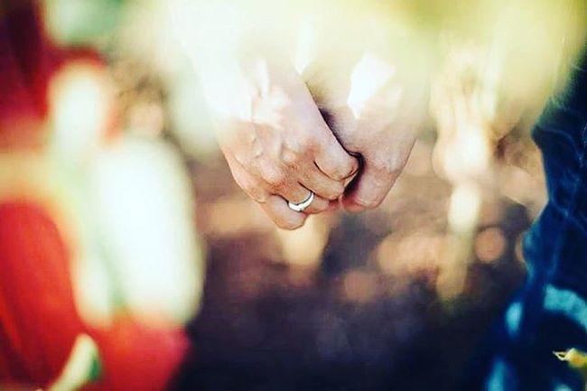 Love & Rock Preboda Amor Pareja LoveSession Love Anillo Reciencasados Wedding Bride Groom Novios Lookslikefilm Fotografodebodas Bodasnet Bodamas Zankyoubodas Fotografiadebodas 3hvisual Fotosdeboda Fotografodebodas Weddingphotographer Wedaward Instawed