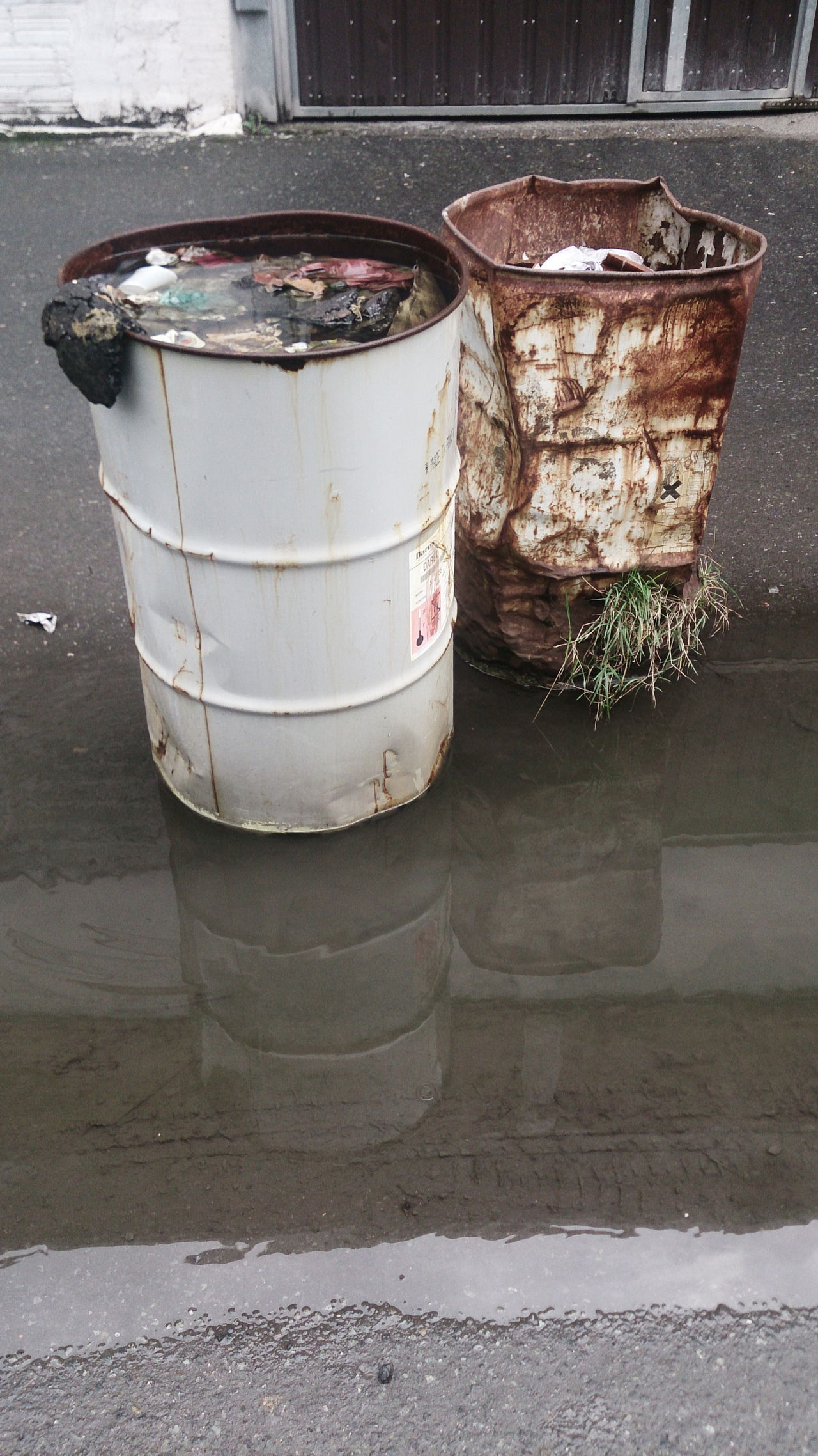 abandoned drums Abandoned Close-up Container Day Drums No People Outdoors Oxidation Rubbish Water