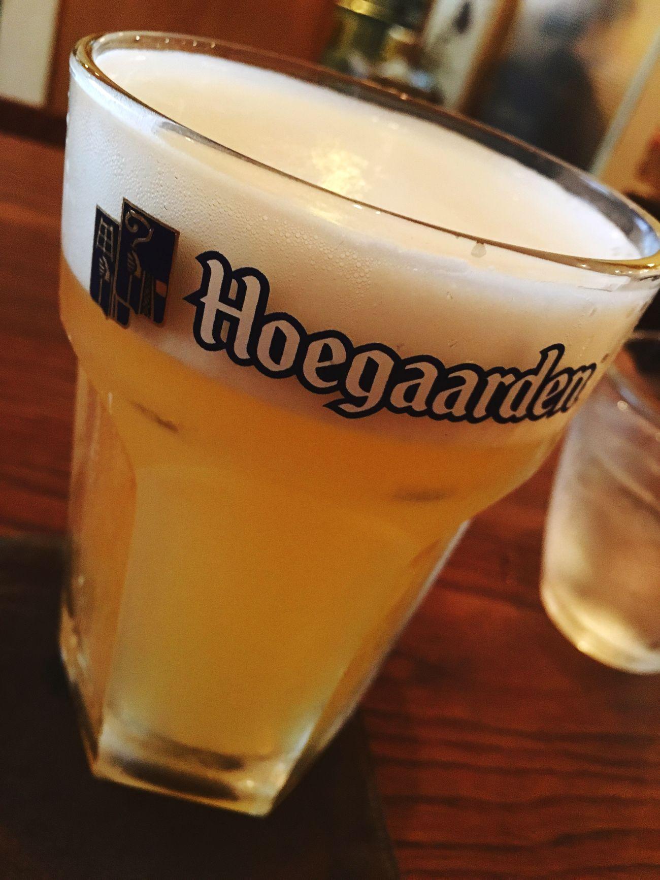 会社を休んで、日中は色々手続きに出掛けて、少し遅目のランチは近所カフェ。そして休みの日の特権、昼からフューガルデンビールでマッタリ🍺 Beer