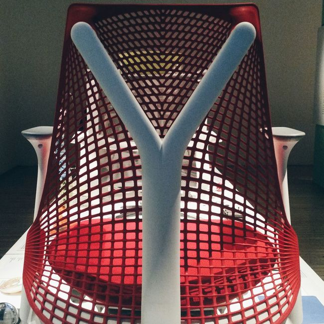 SAYL, from the Golden Gate to an armchair. Inspiration at its best. Notice the Y-shaped structure that reminds of Yves. Inspiration Yves Behar Hermanmiller Sayl Design Designinspiration Chair Golden Gate Bridge Beautiful Vscocam