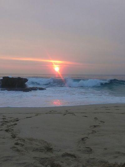 I finally made it back home Heavenly Pacific Ocean Sea Serenity Beach Clouds & Sky Lovely Hawaii Nei West Beautiful Home Paradise Hawaiian Sunset Beauty Natural Ocean Sand Waves Hawaii Oahu