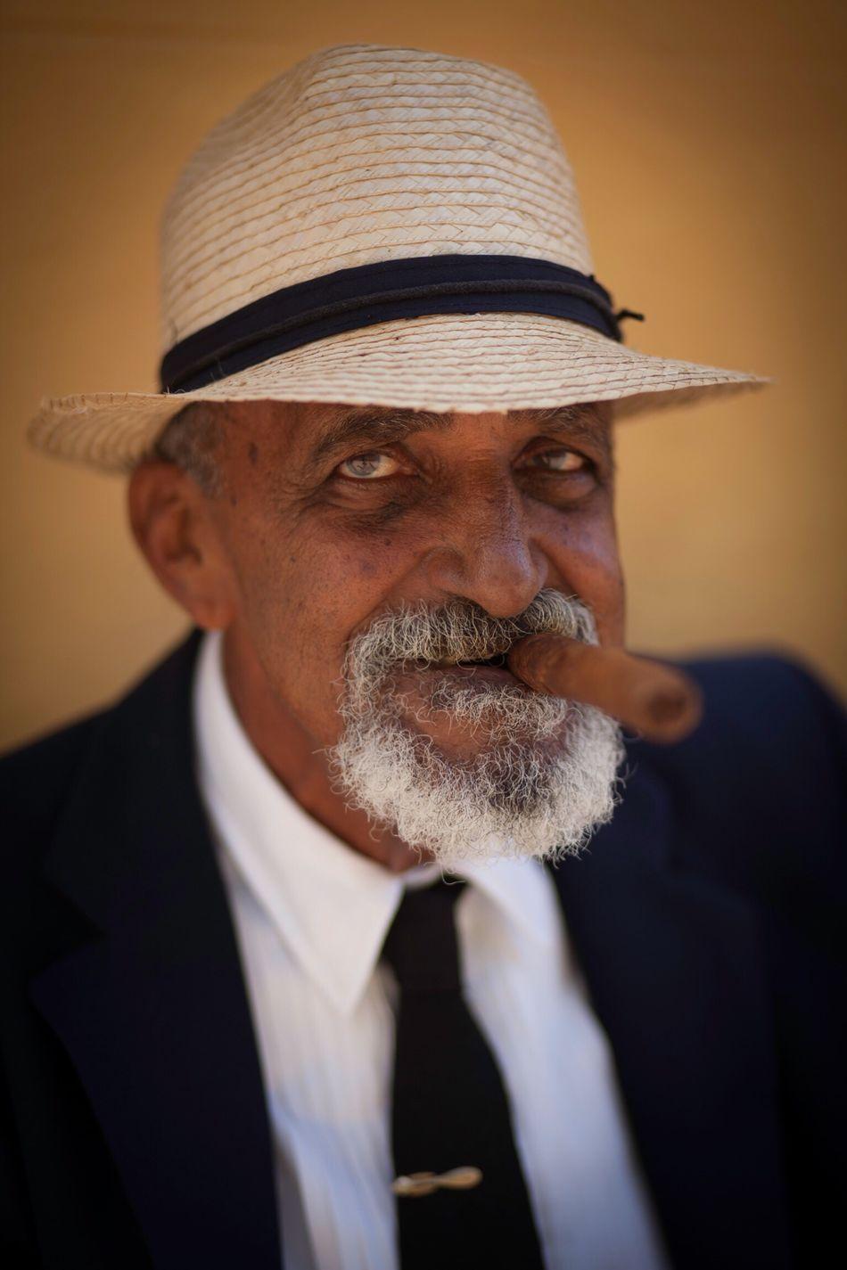 Potrait Cuban People Sigar Old Man Trinidad Up Close Street Photography Vacation Travel Holiday Havana Cuban Cuba People The Portraitist - 2016 EyeEm Awards