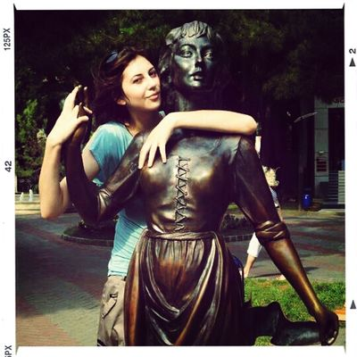 statue lover in Gelendzhik by Diamond23QKiwi
