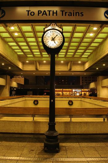 MOst vistied place in Us Pathstation Journalsquare Love This Place Eyemsubway Clocks Favouriteplace