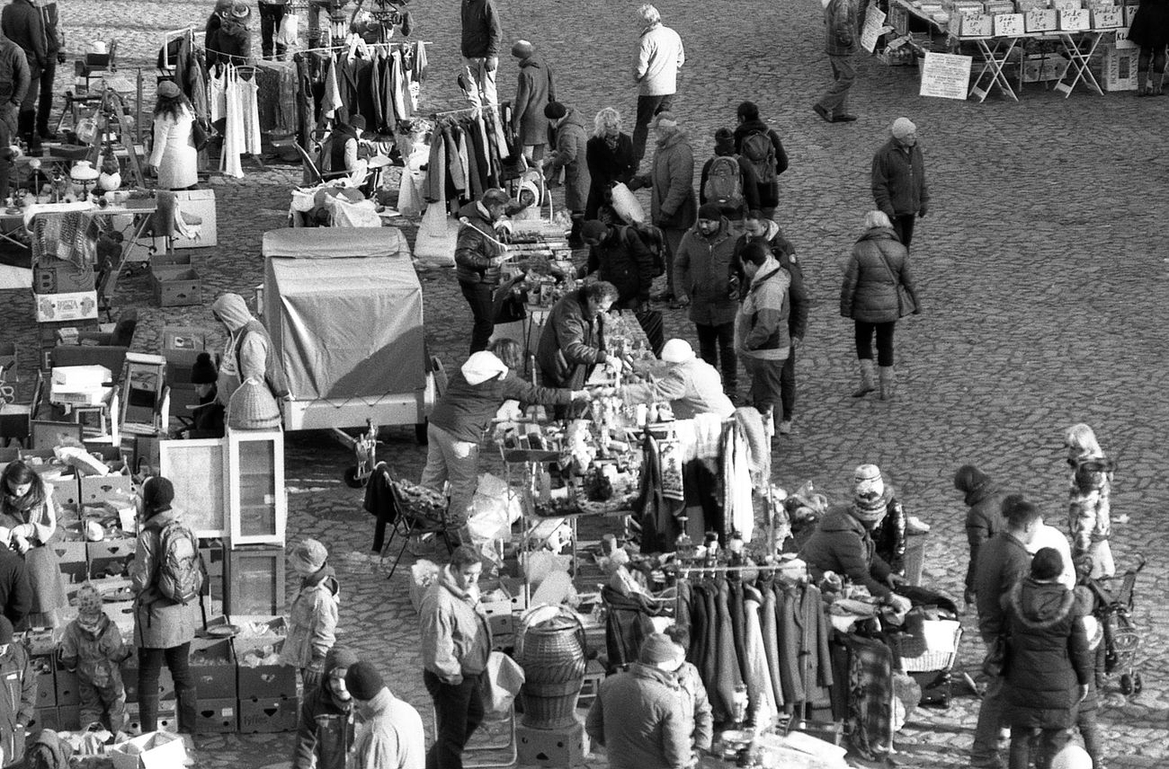 Saturday morning. 35mm Film Black And White Buying Crowd Elbeflohmarkt Film Photography Flea Market Market Morning Saturday Selling