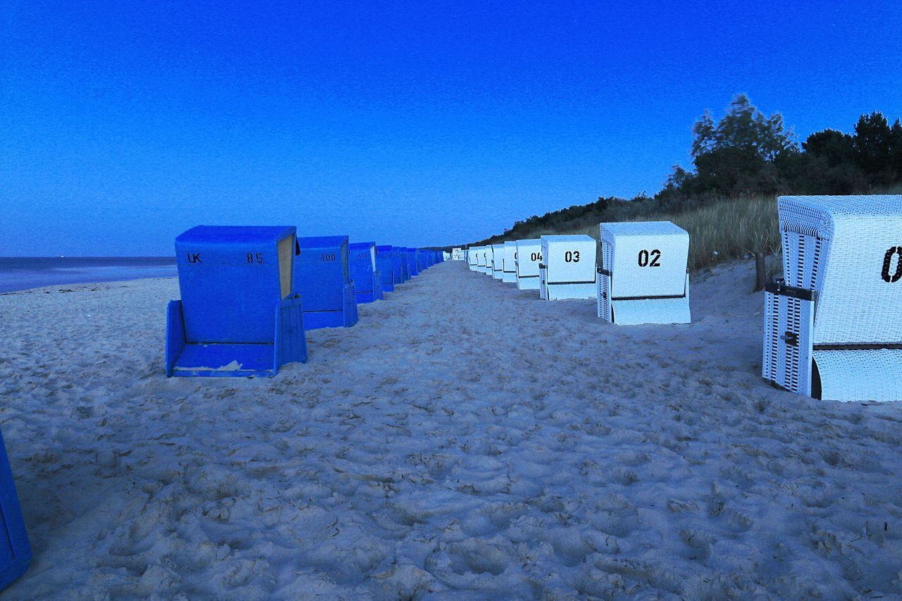 Beachchair Beachchair By Night Strandkorb Strandkörbe Beach By Night Beach Baltic Sea Ostsee Zinnowitz Learn & Shoot: After Dark Everything In Its Place