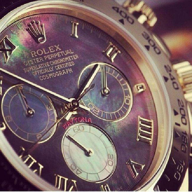 Motherwhitepearlofrolex W6179 Horophile Horology Watchnerd This time piece changes color..