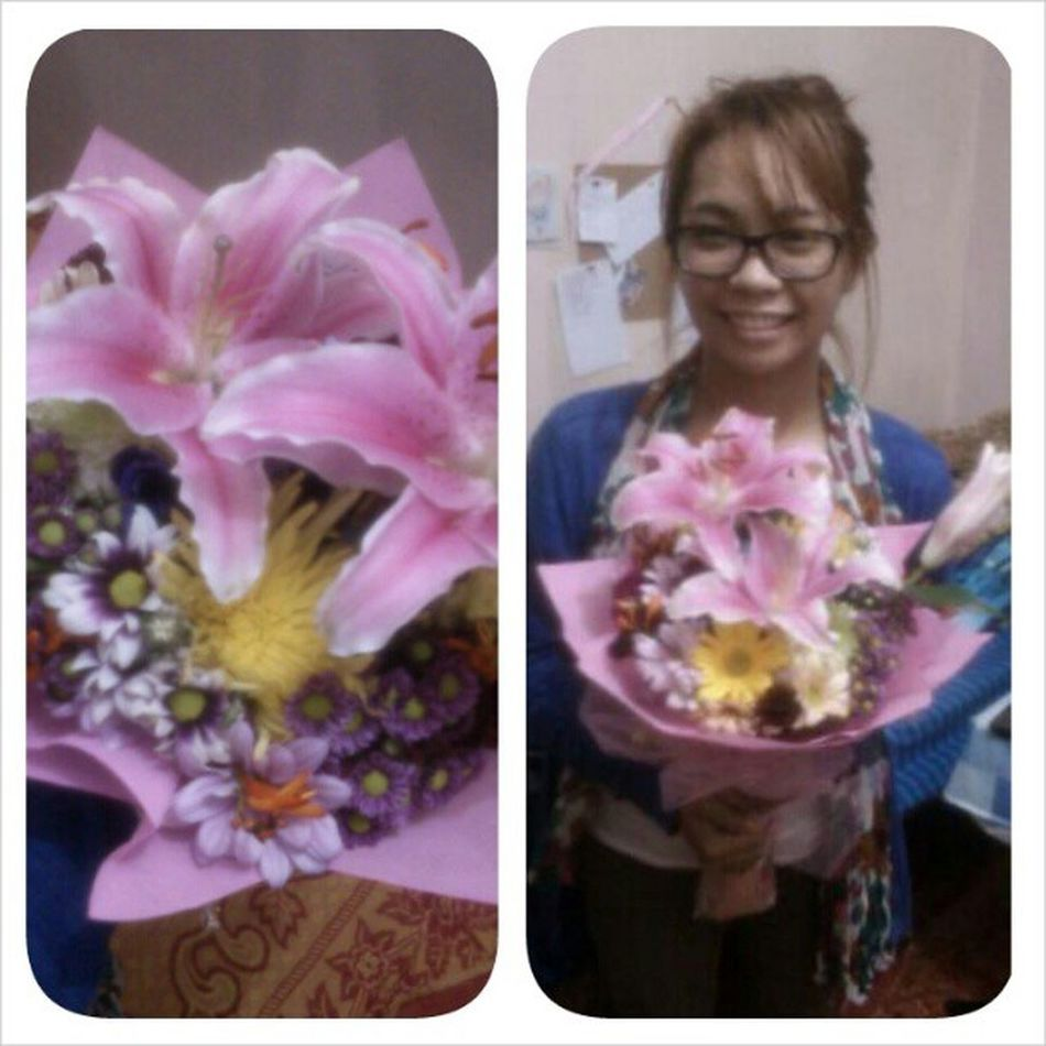 Thankyou. :*:*:*:*:* Favoriteflower Stargazer Flower Like luuuh 130am waiting haggard sunday ldr BaguioCity