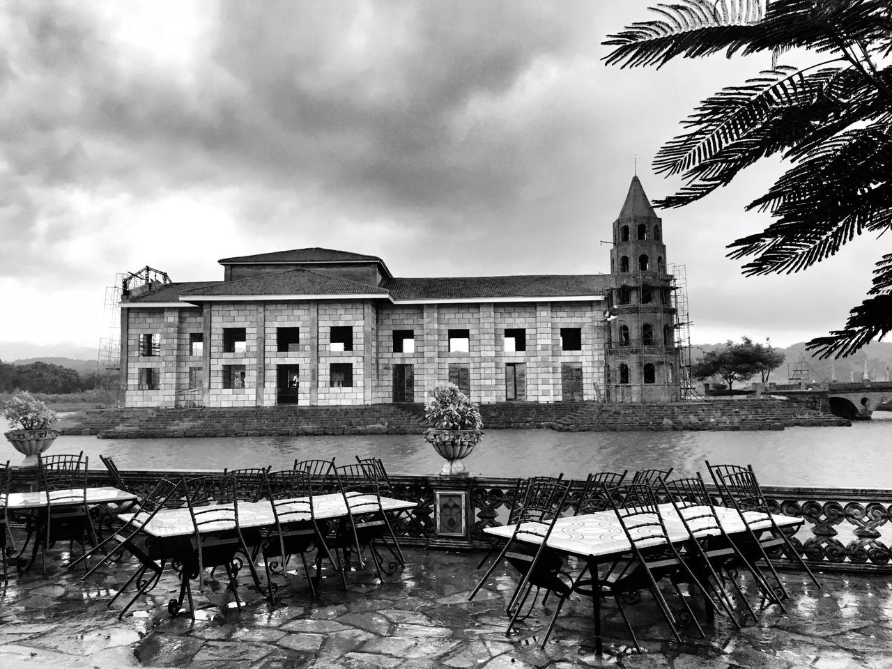 Monochrome Photography Architecture Built Structure Building Exterior Water Sky Cloud - Sky Fountain History Day Waterfront Outdoors Famous Place No People Cloudy Façade Tourism City Life Architectural Column