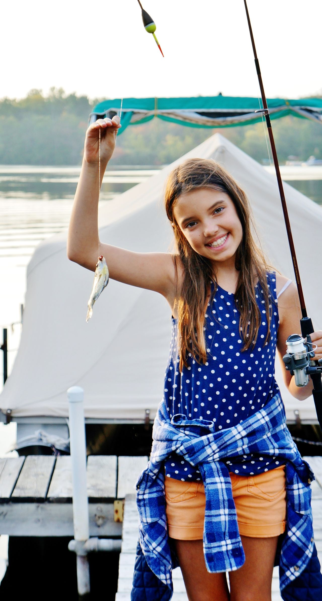 Beautiful stock photos of angeln, 10-11 Years, Casual Clothing, Catch Of Fish, Caucasian Ethnicity