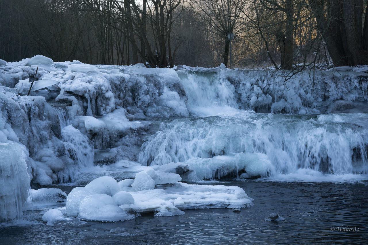 Schwarzawehr im Eis Heikobo Frozen Winter Winter Water Ice Waterfall Thuringen Thüringen Erleben Thüringenentdecken Badblankenburg Schwarzawehr Schwarza