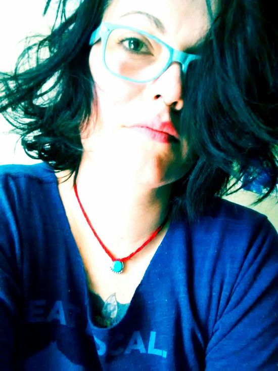 Blueglasses Greeneyes