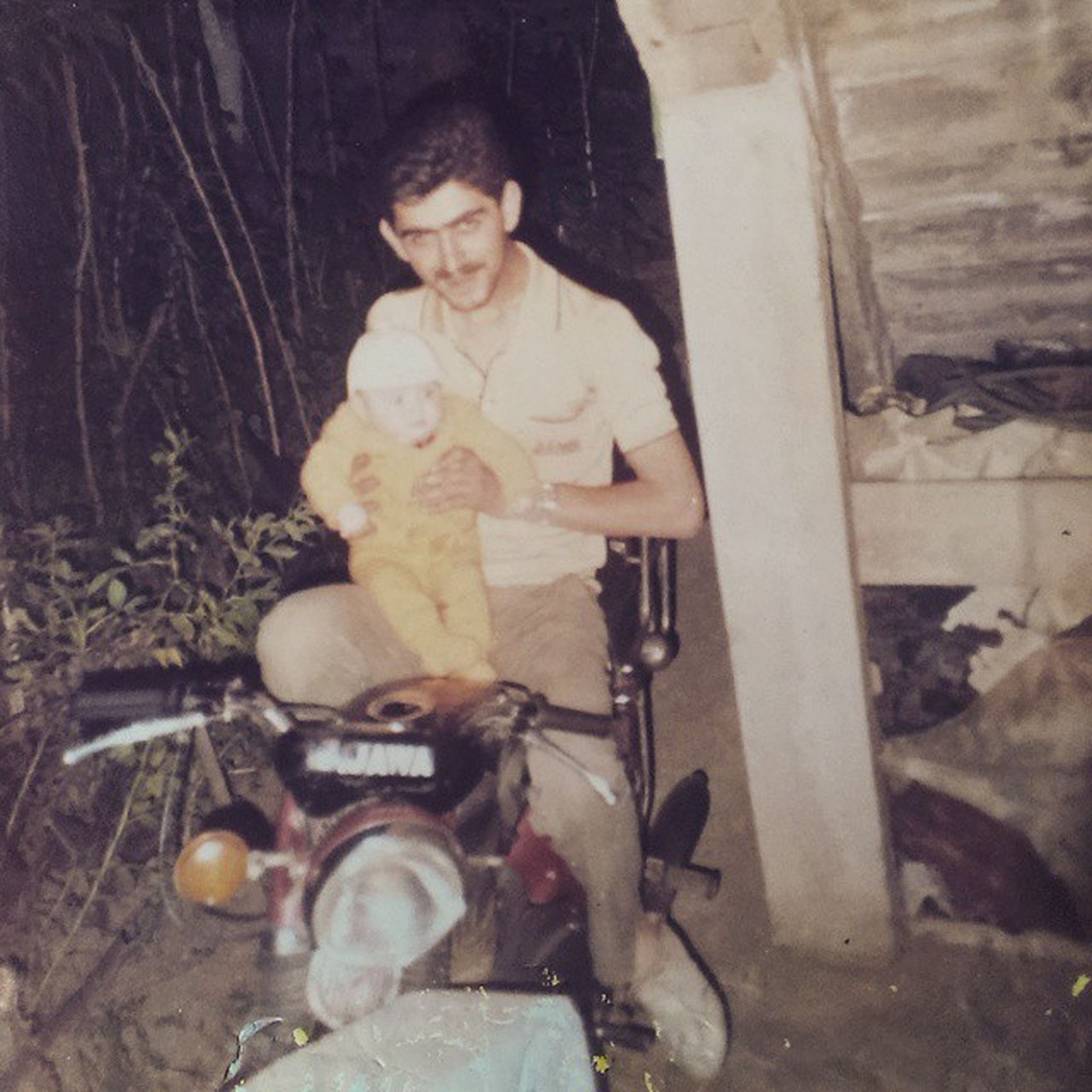 June 1984 I was 4 months old first met with a motorcycle by my uncle 4monthsold Motorcycle Passion Firsttouch Motorcyclelove Twowheels Uncle Jawa