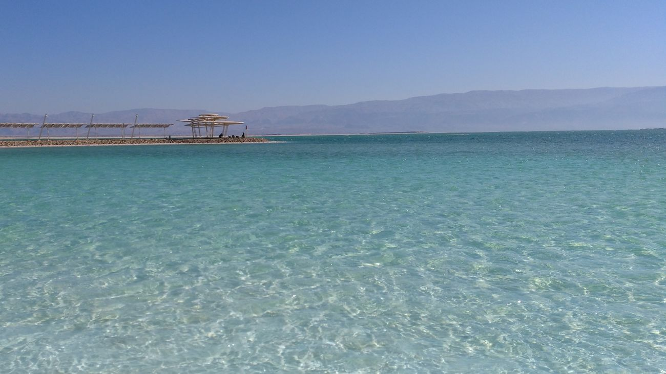 Sea Outdoors Horizon Over Water No People Sky Day Beauty In Nature Nature Refraction No Filter, No Edit, Just Photography Freshness Beach Deadsea Sunlight Vacations Miles Away Israel Nature Water