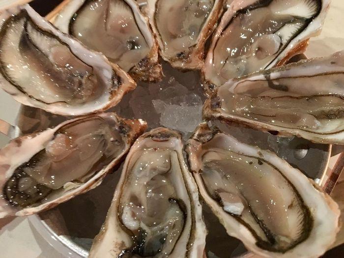 Starter for my Buffet... ไม่ตัองอะไรมาก มันคือความดีงามของวันนี้...!! #Oyster #StarterOfTheDay #CopperBuffet