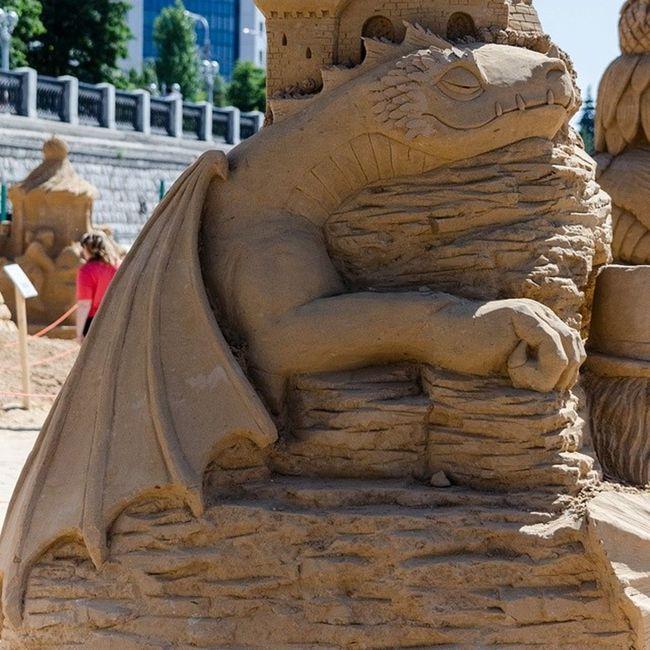 чудесасвета песчаныефигуры набережная Самара (сегодня будет день песчаных фигур. =)