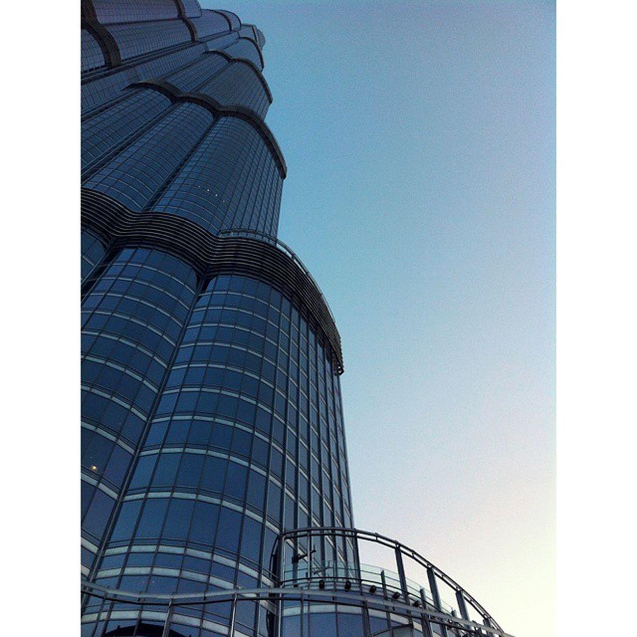 Greatest architecture I've ever witness in my entire life! The most elegant looking skyscraper, Burj Khalifa. Dubai Throwback Breathtaking View burjkhalifa skyscraper architecture scenery lastyear uae emirates