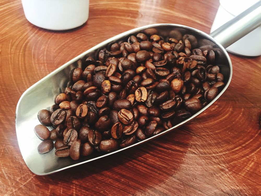 Food Freshness Food And Drink Table High Angle View Brown Wood - Material Indoors  Healthy Eating Close-up No People Coffee Bean Day Vietnamcoffee Coffee Coffee ☕ Coffee Time Food And Drink Lifestyles Luwakcoffee LuwakPooCoffee Luwak Coffee Luwak