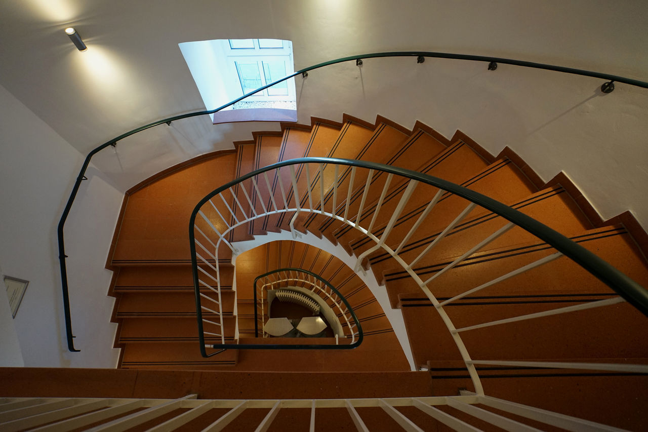 staircase, steps and staircases, spiral, railing, steps, architecture, built structure, stairs, spiral stairs, indoors, no people, hand rail, spiral staircase, day