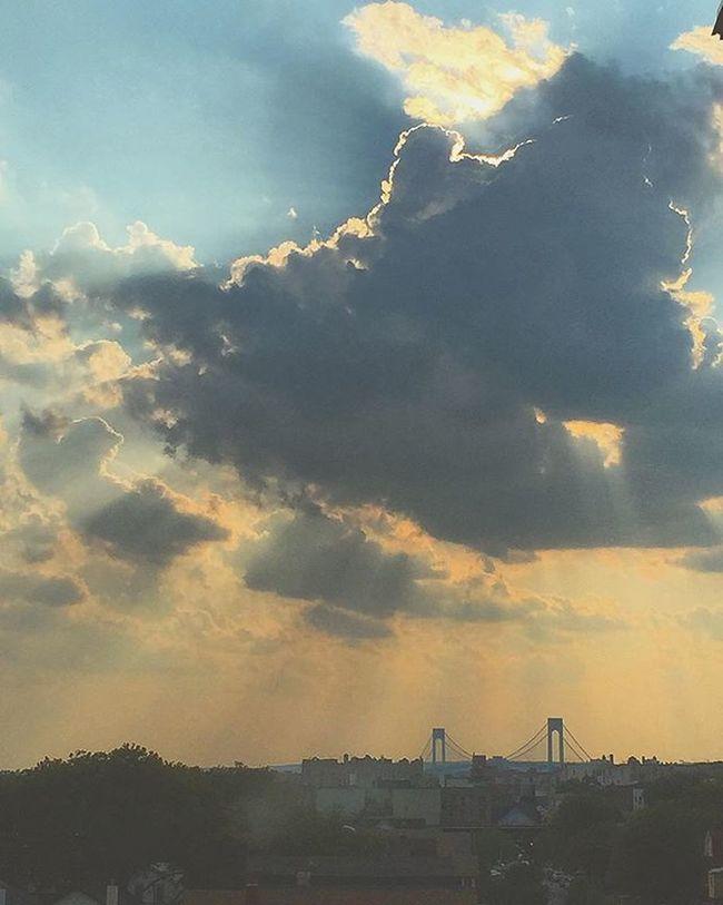 Hello Brooklyn. 🌇 Brooklyn Newyork View Sunset Hellobrooklyn NYC Instantartist